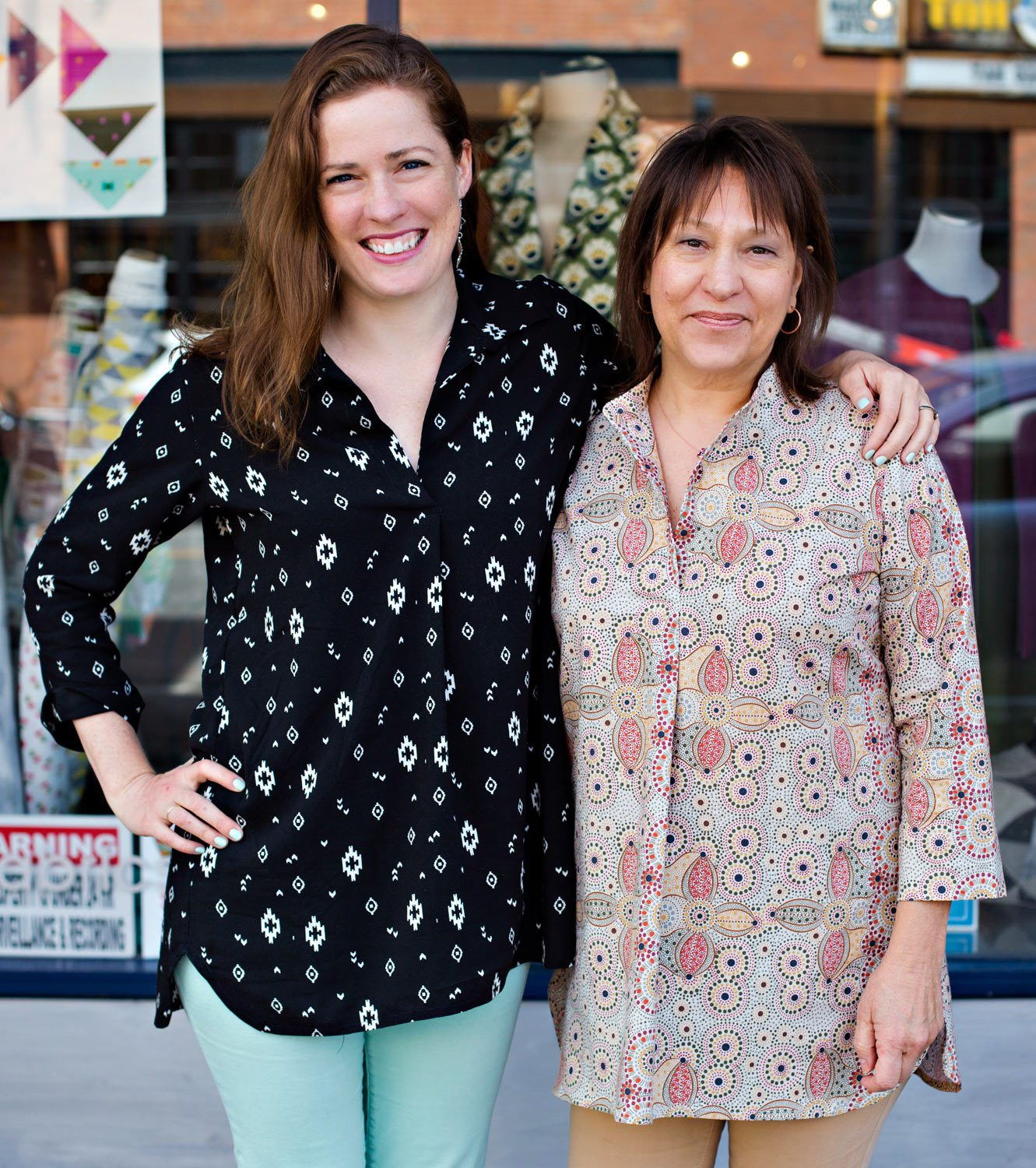 Jane and Bonnie in two different versions of the Leisl + Co. Gallery Tunic.