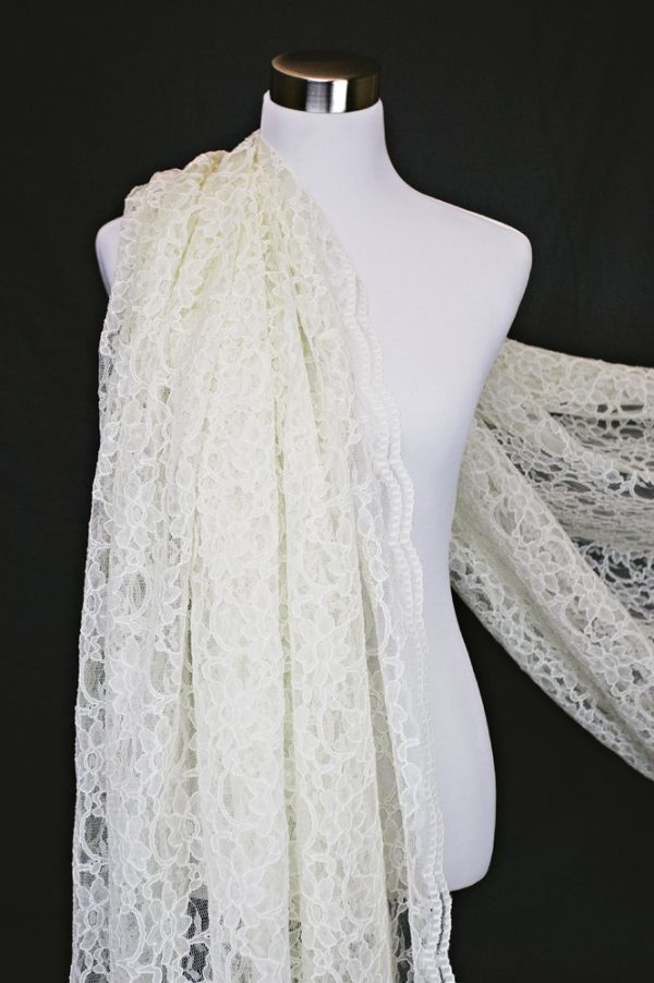 Xanna Lace in Ivory